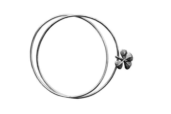 Silver double bangle with clover charm