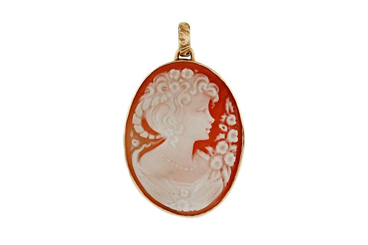 9ct Yellow Gold Cameo Pendant (large)