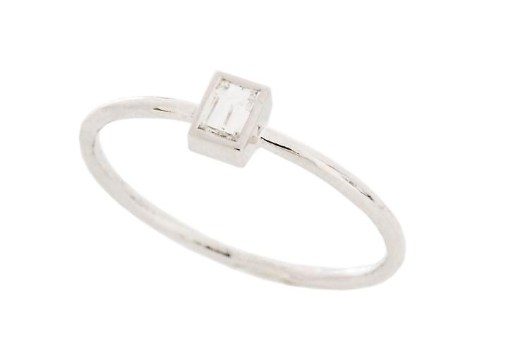 9ct White Gold and Baguette Diamond Ring