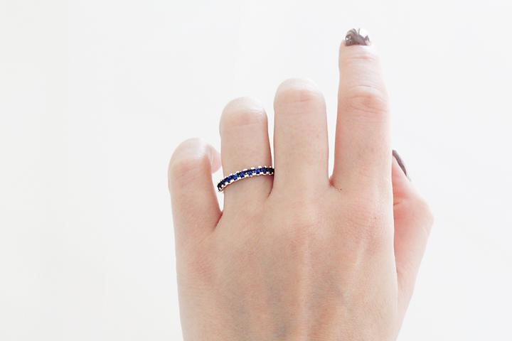 9ct White Gold Blue Sapphire Princess ring
