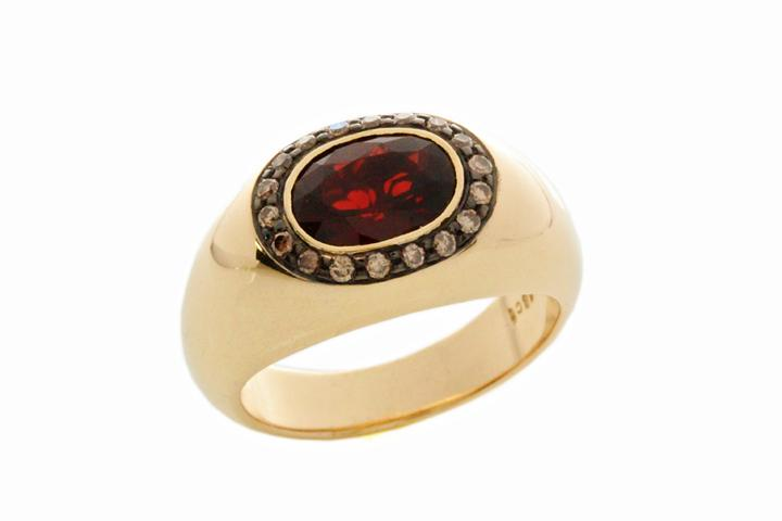 Yellow Gold, Garnet & Cognac Diamond Ring