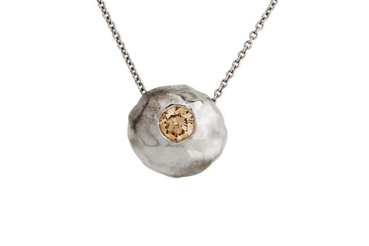 18ct White Gold Pebble Pendant with Champagne Diamond