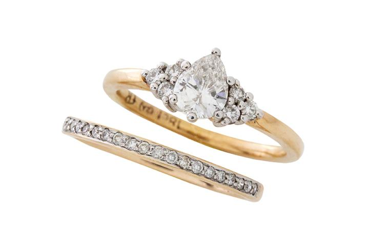 Pear Diamond engagement ring with matching diamond wedding band